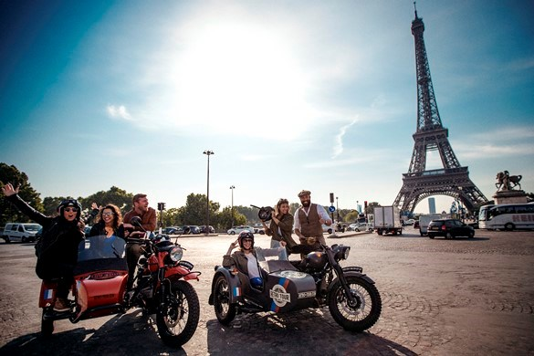 Tour of Paris aboard Side-Car