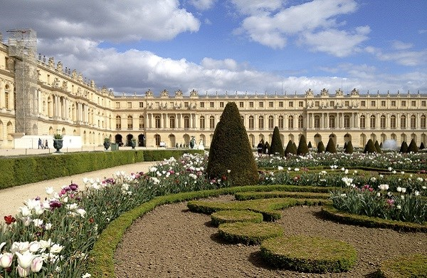 Palace of Versailles Tour with audioguide from Paris