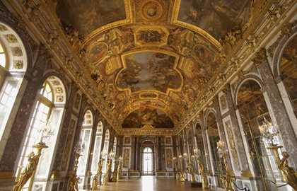 Guided Tour in Versailles from Paris