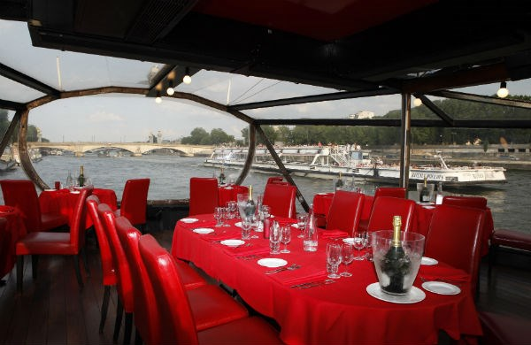 Bateaux-Mouches - Lunch cruise