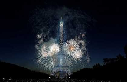 Special Sightseeing cruise for Bastille Day