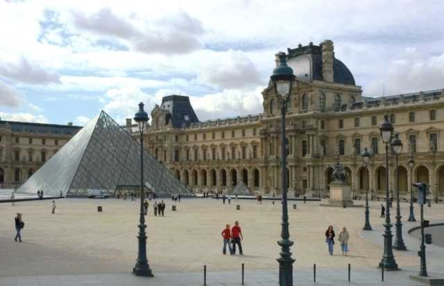 Louvre Museum Tour with audioguide