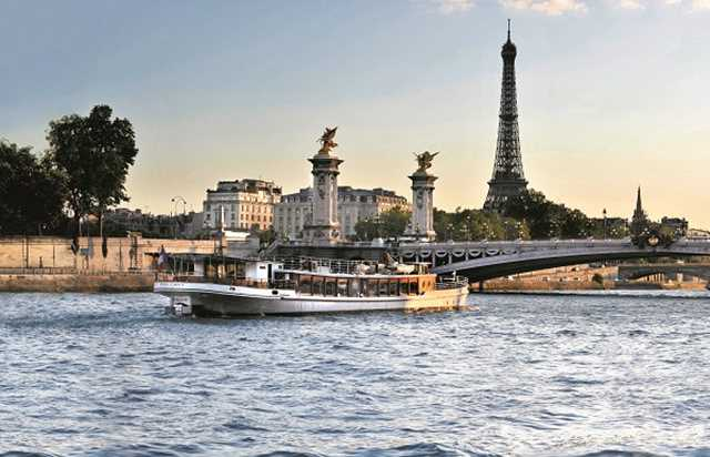 Dinner cruise on board the Don Juan II - Yachts de Paris
