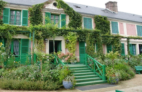 Half-day trip to Giverny, House and Gardens of Claude Monet