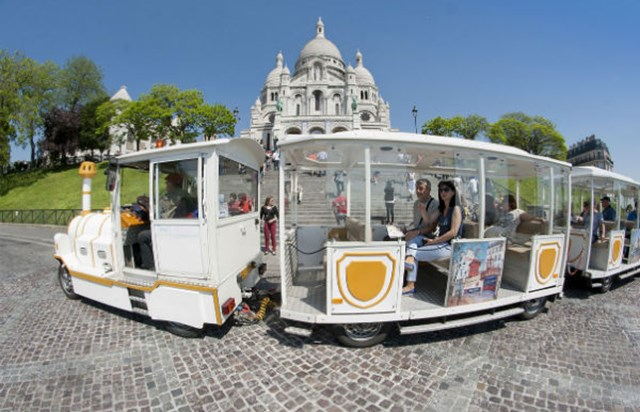 Petit train montmartre little train of montmartre - Office du tourisme du portugal a paris ...