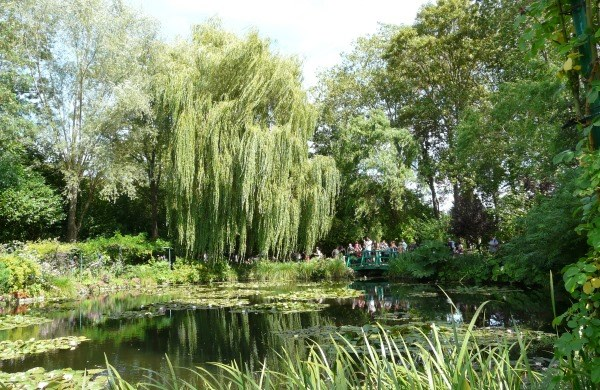 Daytrip to Giverny and Versailles from Paris