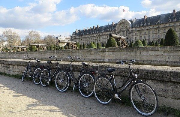 'Paris Secret' Bike Tour