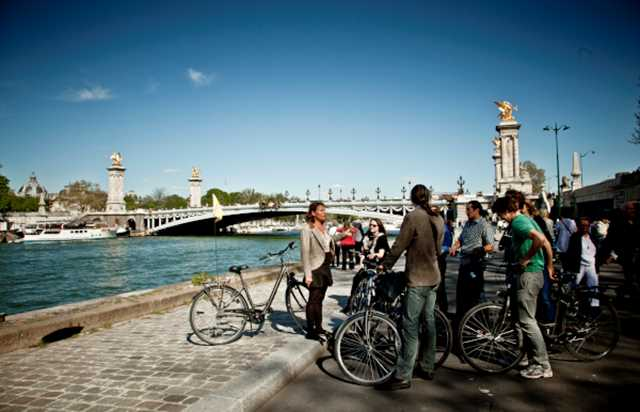Paris by electric bike